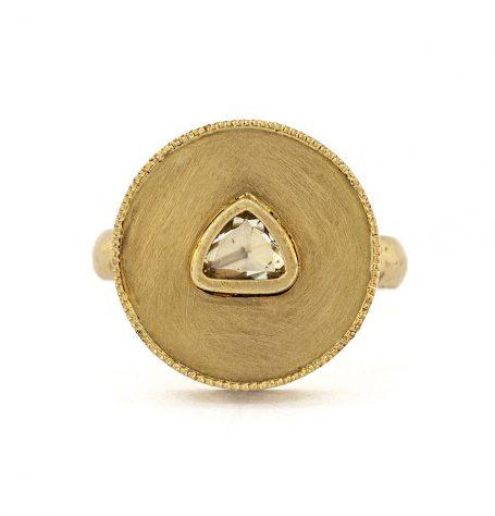 18k Gold medallion ring